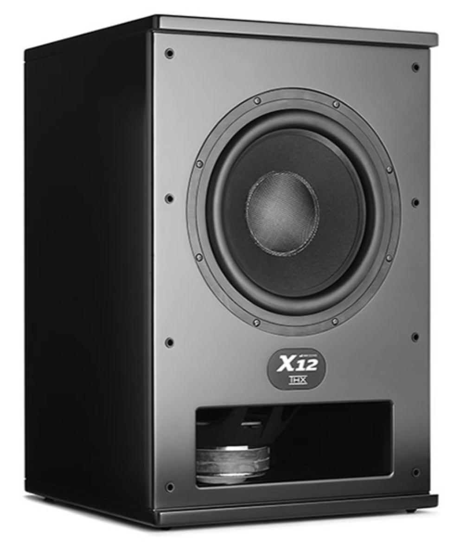 X12是M&K SOUND中單體口徑最大、擴大機輸出功率最高的旗艦級製品。