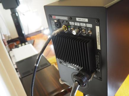 M&K SOUND專業錄音室主動式喇叭MPS-1611P的背板