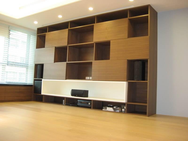 M&K SOUND LCR-950 PLUS 作為前方三聲道置於客廳